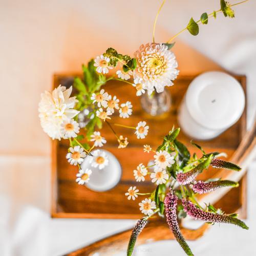 Blumen_Draufsicht_Tablett